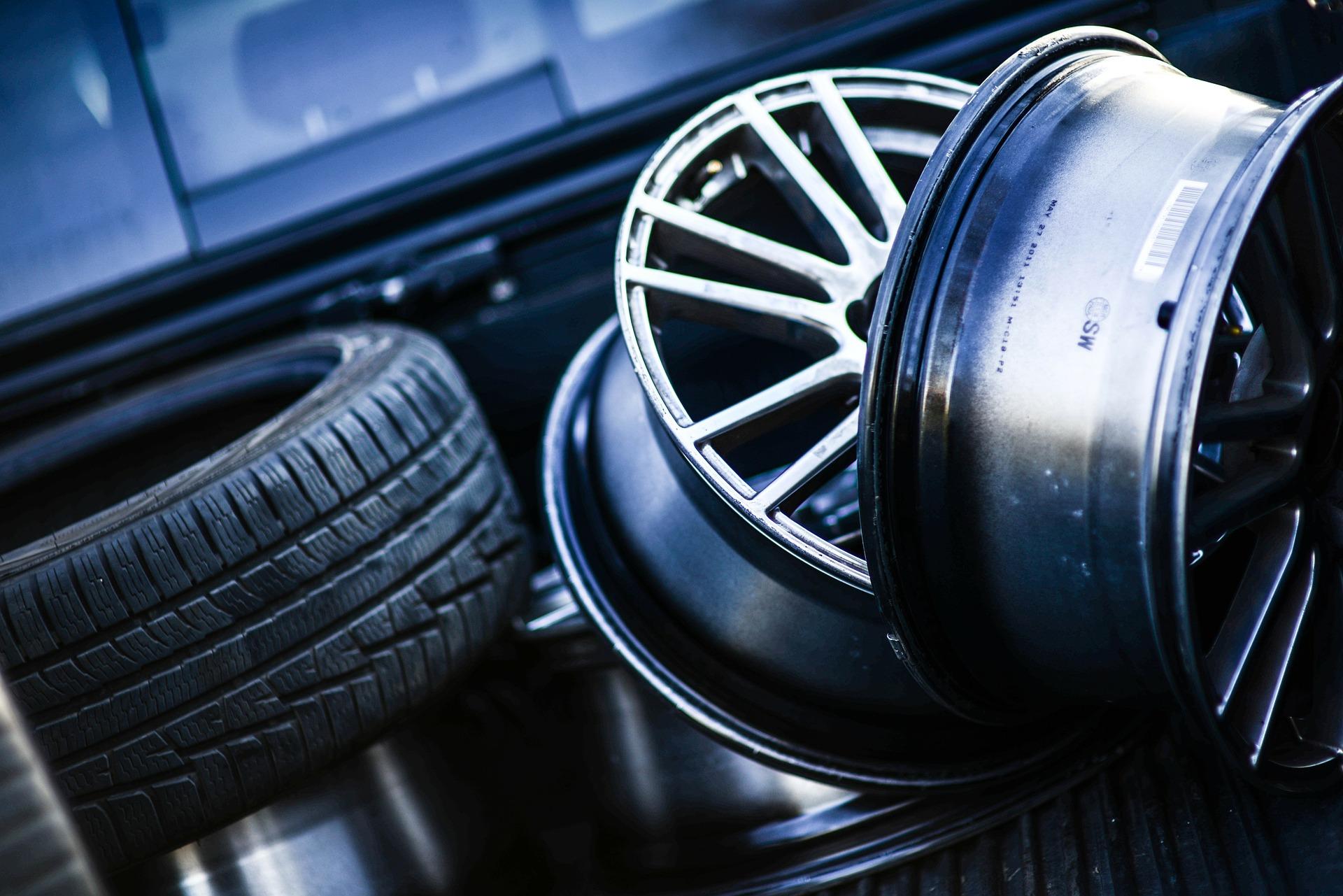 tire-114259-1920